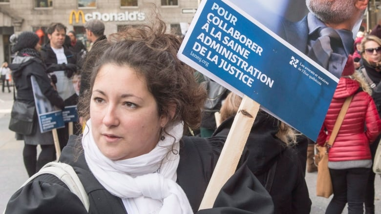 Strike of Quebec lawyers, notaries leaves provincial lawmakers in the lurch